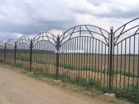 Сварной забор с фигурным узором