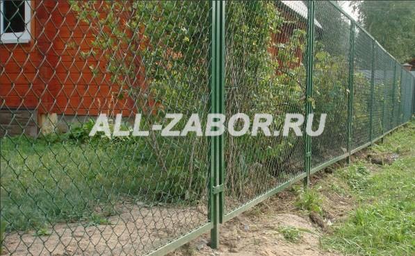 Забор из рабицы в секциях