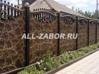 Секционный бетонный забор для дома