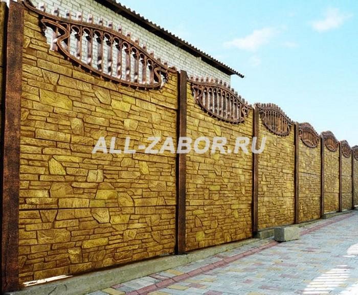 Секционный бетонный забор под камень